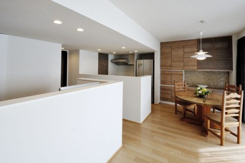マンションリノベーション、三井のリフォーム(三井不動産リフォーム) 、オープンキッチン、食器収納、隠す収納