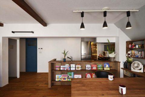 マンションリノベーション、2戸をつなげる、スタイル工房、子育てしやすい家、RC構造、アンティーク調、インナーテラス、化粧梁
