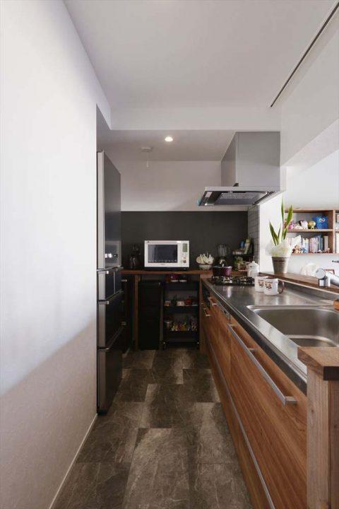 マンションリノベーション、2戸をつなげる、スタイル工房、子育てしやすい家、RC構造、アンティーク調、対面キッチン、オープンキッチン、木のぬくもり、クリナップ