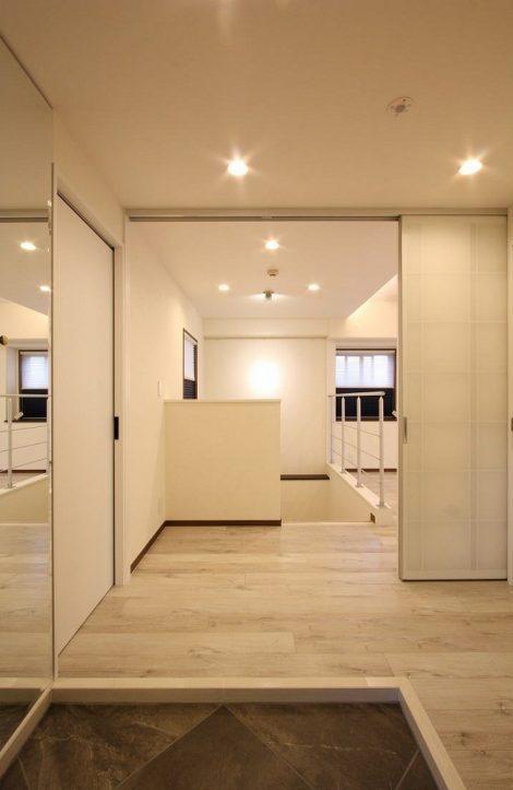 マンションリノベーション、アレックス、ダイヤモンド張り、玄関ミラー、スクリーンパーティション