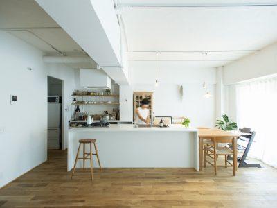 「ゼロリノベ」のマンションリノベーション事例「ミュージアムのような白い空間を、回遊性のある間取りにリノベーション」