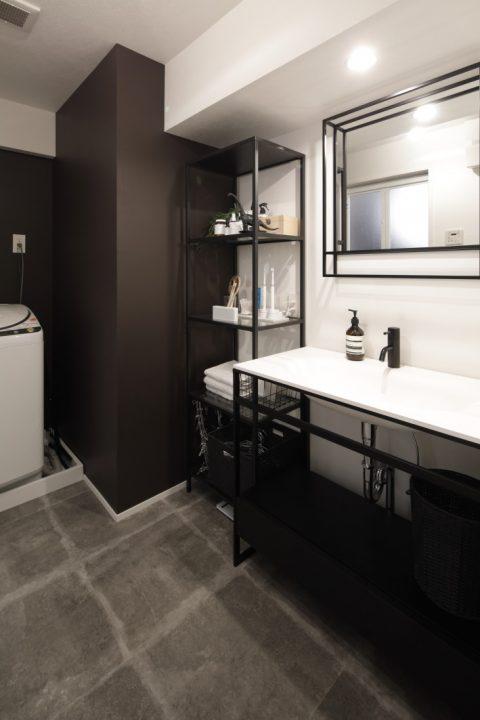 インテリックス、マンションリノベーション、洗面台、サンワカンパニー、一体型洗面ボウル、モノトーンインテリア、脱衣所、掃除がしやすい