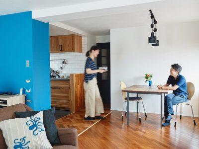 「インテリックス空間設計」のマンションリノベーション事例「パターンを組み合わせた木の床に、ストーリーを感じる実家リノベーション」