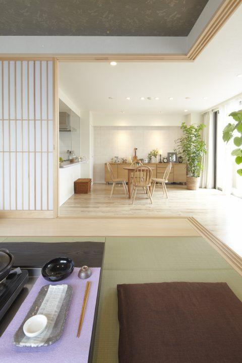 マンションリノベーション、野村不動産パートナーズ 、小上がり和室、小上がり板の間、グレーの天井