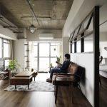 「インテリックス空間設計」の「築47年の中古をフルリノベ。柔らかインダストリアルが新感覚な住まい。」