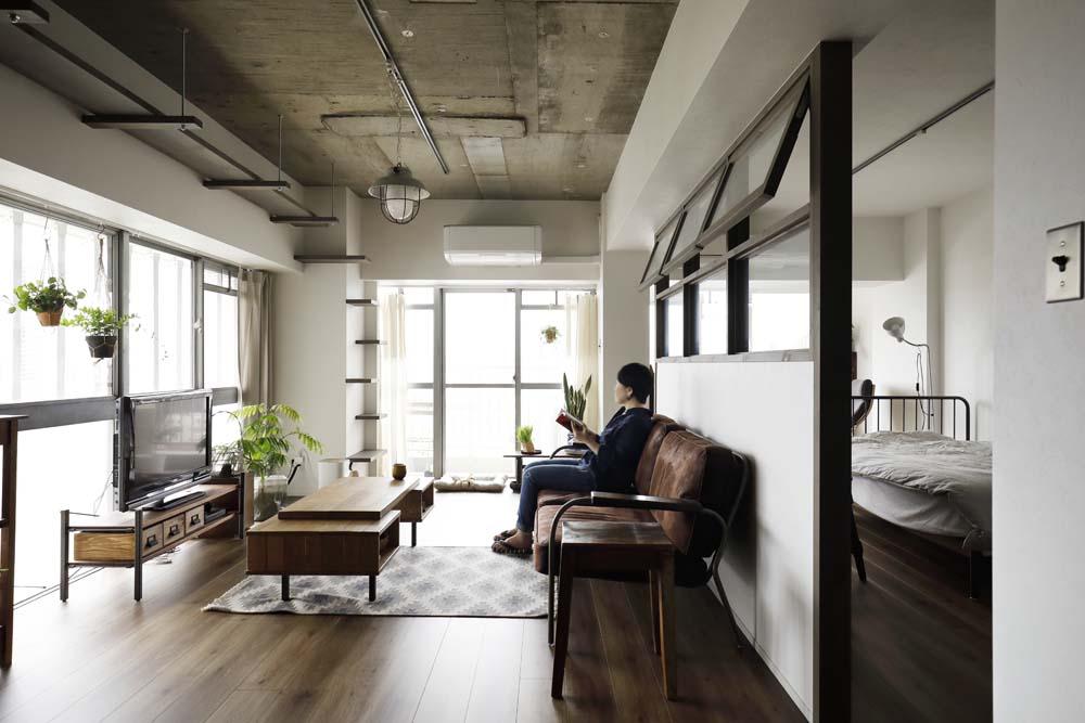 「インテリックス空間設計」のリノベーション事例「築47年の中古をフルリノベ。柔らかインダストリアルが新感覚な住まい。」