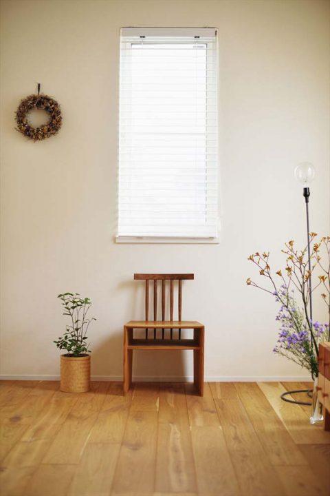 スタイル工房、戸建リノベ、積層フローリング、オーク材、白い壁