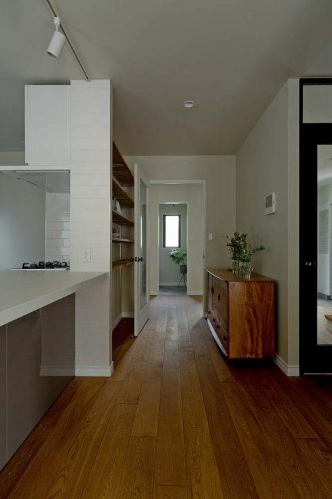 マンションリノベーション、GLADDEN 、オークフローリング、抜け感のある家、北欧家具