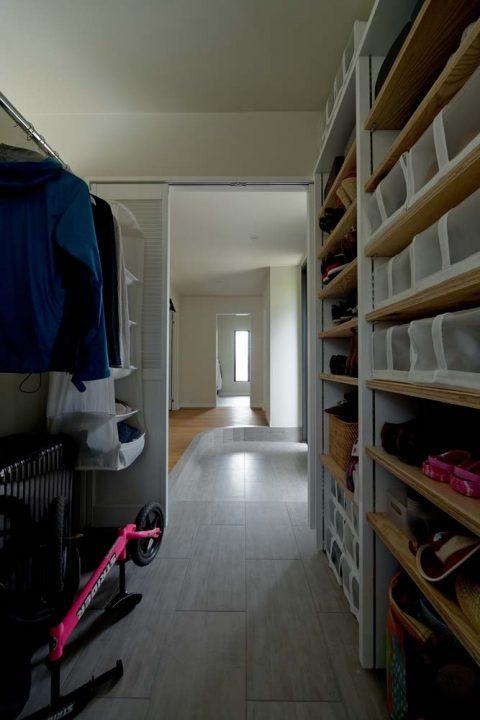 マンションリノベーション、GLADDEN 、玄関収納、玄関土間、趣味の空間