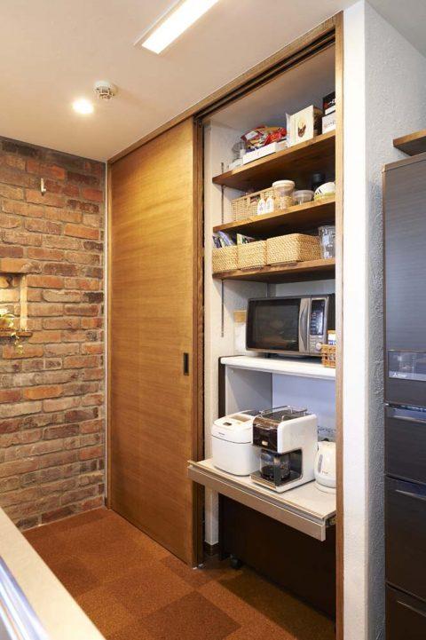 キッチン、背面収納、コーヒーメーカー、棚板、マンションリノベーション