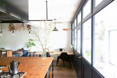 マンションリノベーション、CLOCK(クロック)、インナーテラス、カフェ風、室内窓